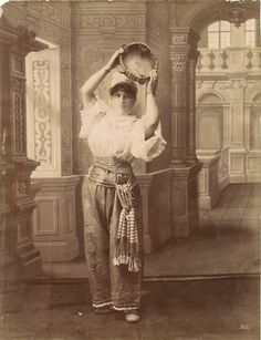 Turkish woman from Ottoman Empire. XIX century old photo