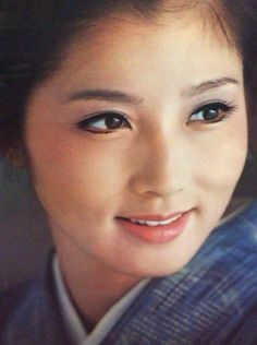 Reiko Ohara is a Japanese Actress. Japanese Icon, Japanese Aesthetic, Japanese Beauty, Japanese Girl, Beautiful Person, Beautiful Women, Girl Photos, Actors & Actresses, How To Look Better
