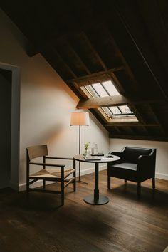 Rattan Ottoman, Casa Hotel, Vincent Van Duysen, Timber Panelling, Floor Patterns, Design Hotel, White Walls, A Boutique, Villa