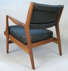 Jens Risom; Walnut and Leather Armchair, 1950s.