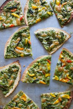 If your house is anything like my house, some (all?) days you just need a fast recipe and these tortilla pizzas with hemp seed pesto from @eatingmadeeasy is just the thing! Kids love it, adults love it, dogs probably would love it (but we're not sharing), no guarantee about cats, but the point is, everyone loves these!