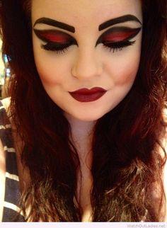 Vampire Halloween makeup idea