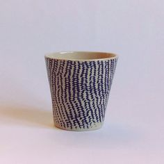 Arts&Crafts 3.0. Oceanic cup 01. Natural and blue knit texture handmade stoneware cup. #artsandcrafts30 #spainishandmade #home #clay #ceramic #cup #tableware