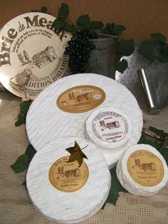 Brillat Savarin and other cheeses in the Brie family, from Tradition Briarde
