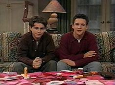 Ben Savage and Rider Strong in Boy Meets World Boy Meets World Cast, Boy Meets World Shawn, Girl Meets World, Cory And Shawn, Cory And Topanga, 90s Movies, Series Movies, Cory Matthews, Rider Strong