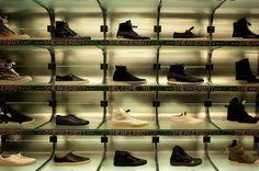 Sneakerboy in Australia: high end sneakers, showroom store - order online (no…