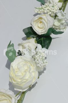 Large Ready Made Garland with Ivory Peony Roses & Crystals 140cm Large Ready Made Garland with White Peony Roses & Crystals 140cm [BB0083/100-S12] - £14.50 : Artificial Wedding Flowers | Bridal Bouquets | Silk Wedding Flowers | Wedding Bouquets | Wedding Flowers, Silk Blooms Glasgow, we sell and hire artificial wedding flowers, bridal bouquets, buttonholes and wedding table arrangements.