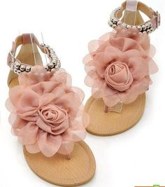 Pink flower sandals. Want them!!