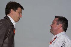 マクラーレン、スタッフ移籍を巡ってメルセデスと法廷論争?  [F1 / Formula 1]