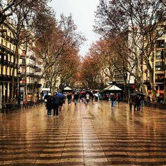 La Rambla in Barcelona, Cataluña Die Rambla ist Barcelonas berühmteste Flaniermeile
