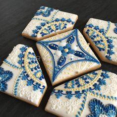 Royal blue + rompecabezas de la galleta de oro