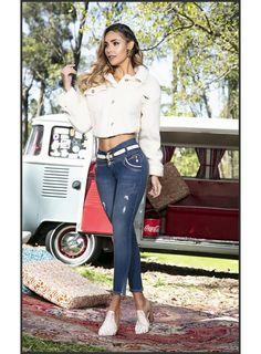 Vw Bus, Volkswagen Minibus, Bus Girl, Scooter Girl, Blue Skinny Jeans, Car Girls, Classy Women, Capri Pants, Beautiful Women