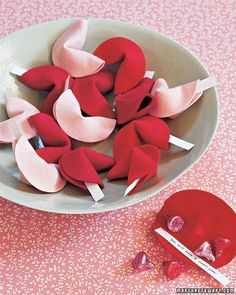 This is what the boys will do for their valentine's treats!    This is a quick super cute project! These would be perfect for a Valentine's Day classroom activity. These little felt fortune cookies would as make great favors for birthday parties, baby showers, or even wedding and bridal showers! I have done this... Soooo cute!!! :)
