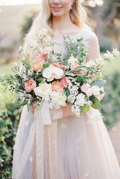Aristocratic Barcelona Wedding Ideas by Anna Tereshina Photography | Wedding Sparrow | fine art wedding blog