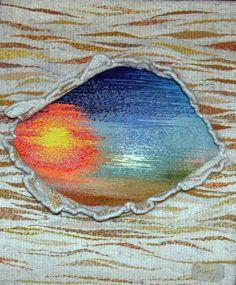 realizado en lana natural y con la técnica de trasposición de urdimbres