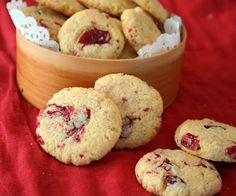 Cranberry Ginger Butter Cookies – Low Carb and Gluten-Free Read more at http://alldayidreamaboutfood.com/2012/12/cranberry-ginger-butter-cookies-low-carb-and-gluten-free.html#WRgKCYAWAgkmp56z.99