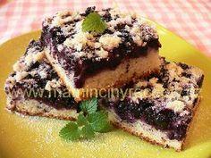 Borůvková buchta s cuketou Kefir, Muffin, Ice Cream, Sweets, Breakfast, Desserts, Food, No Churn Ice Cream, Morning Coffee