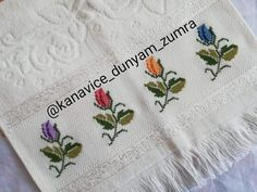 Cross Stitch Pillow, Cross Stitch Rose, Cross Stitch Borders, Cross Stitch Flowers, Cross Stitching, Cross Stitch Embroidery, Cross Stitch Patterns, Towel Embroidery, Embroidery Flowers Pattern
