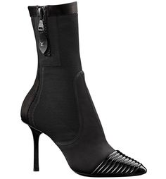 Louis Vuitton Bottines en satin noir et cuir verni