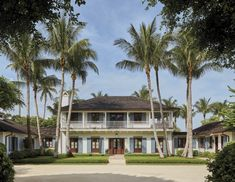 Ferguson and Shamamian Architects new book Collaborations Palm Beach estate Front Entrances, Florida Home, Image Photography, Palm Beach, Curb Appeal, Outdoor Spaces, Beautiful Homes, Beach House, Exterior