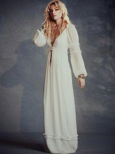 Vintage period nightgown