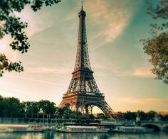 El romanticismo que rodea el concepto de la ciudad en y el lenguaje de la region.