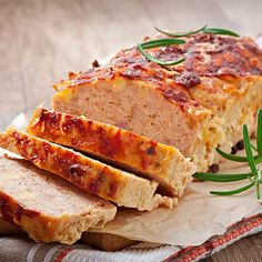 Read our delicious recipe for Cheesy Chicken Meatloaf, a recipe from The Healthy Mummy, which will help you lose weight with lots of healthy recipes. Fodmap Recipes, Meat Recipes, Chicken Recipes, Cooking Recipes, Recipe Chicken, Free Recipes, Protein Recipes, Good Meatloaf Recipe, Meatloaf Recipes