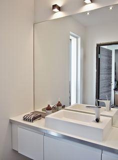 Janen Himassa: VIERAILLE WC Viera, Double Vanity, Bathroom, Bathing, House, Bath Room, Bathrooms, Bath, Bathtub