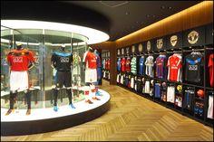 soccer store  | What: Nike Harajuku Flagship Store Address: 1-13-12 Jingumae, Shibuya ...