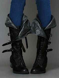 Eagle Boot. http://www.freepeople.com/eagle-boot/_/searchString/eagle/QUERYID/50aabacf575c1f5b3000000f/SEARCHPOSITION/3/CMCATEGORYID/683d4023-53f5-4900-b5ce-ecf465df31a9/STYLEID/26091769/productOptionIDs/0B6E9CAD-A8F4-4CCF-8A37-466219F4EA95