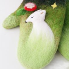 Handmade needle felted felted cute Green gloves The white fox