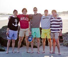Preppy boys of summer Preppy Boys, Preppy Style, Preppy Mens Fashion, Men's Fashion, Frat Guys, Ivy Style, Men's Style, Short Shirts, Men's Wardrobe