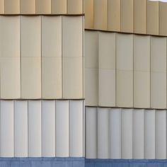 Theatergevel van het Kruispunt – Barendrecht Foyer, Garage Doors, Curtains, Outdoor Decor, Home Decor, Blinds, Decoration Home, Room Decor, Foyers