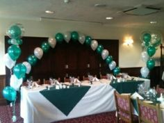 Emerald and white top table arch
