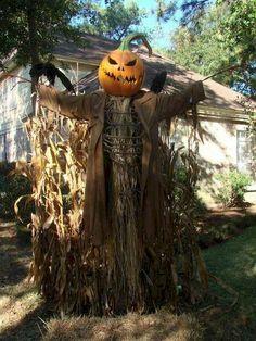 Retro Halloween, Casa Halloween, Spooky Halloween Decorations, Decoration Christmas, Halloween Mantel, Christmas Tree Themes, Outdoor Halloween, Halloween Party Decor, Holidays Halloween