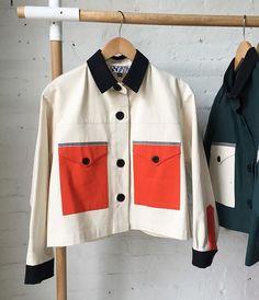 〰 🍊@dusendusen ✨. . . . #LaMainmise #nyc #fashion #Beautiful #fw #jacket #ootd #rio #colors #Yellow #Stylist #textile #minimalism #moda…