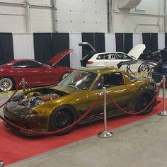 Mazda auto