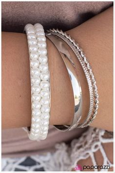 Modernly Marilyn Bracelet - ONLY $5 www.GlamGypsy.com (Paparazzi Accessories Independent Consultant) ALL Jewelry is Lead/Nickel Free!
