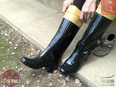 Hunter Boots, Rubber Rain Boots, Beauty, Shoes, Fashion, Boots, Black, Moda, Zapatos