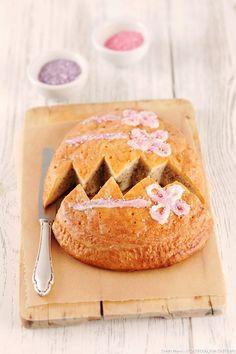 Gâteau de Pâques brioché aux noisettes Eat Smarter, Cake Cookies, Cupcakes, Camembert Cheese, Muffin, Pie, Easter, Sweets, Bread