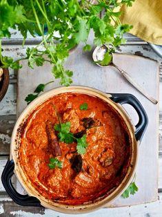 Rogan Josh, Garam Masala, Chili, Curry, Ethnic Recipes, Dinner Ideas, Food, Curries, Chile