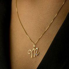 Pingente em Ouro 18k Letra M com diamantes - Joiasgold