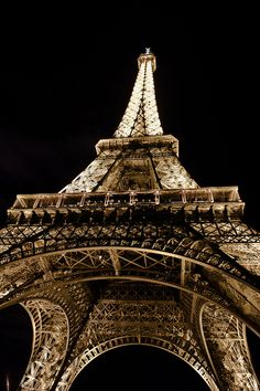 She's Beautiful At Night by J. S. Horne, via Flickr