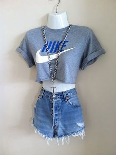 6470560f5d 90s VTG Urban Reworked Renewal Nike Crop Top T Shirt Shop Outfitters Huf S  8-