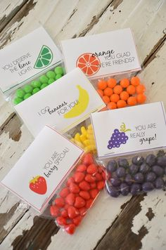 Fruit #Valentines with Free Printables | theidearoom.net