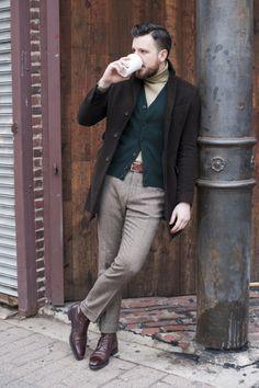 Emerald Cardigan, Pale Roll & Topcoat