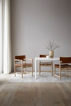 Shop the Spanish Dining Chair and more contemporary furniture designs by Fredericia Furniture at Haute Living. Design Furniture, Dining Room Furniture, Chair Design, Dining Chairs, Furniture Stores, Furniture Ideas, Gold Chairs, Furniture Websites, Furniture Movers