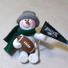 Eagles Football Team, Philadelphia Eagles Football, Snowman Ornaments, Christmas Ornaments, Snowmen, Christmas Decor, Fly Eagles Fly, Grey Hat, Fleece Scarf