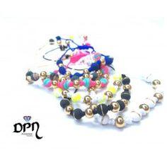 #Pulseras #Manillas #Bracelet #moda #modafemenina #hechoamano #compras365 #tiendavirtual #fashion #comprasvirtuales #dpnaccesorios #diseño #diseñadores #exclusivo #unico #valledupar #colombia #talentocolombiano #arte #neopreno Charmed, Bracelets, Jewelry, Fashion, Shopping, Hardware Pulls, Color Combinations, Moda Femenina, Hand Made