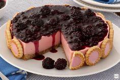 Torta holandesa de amora: aprenda a preparar essa delícia Cheesecakes, Confort Food, Dessert Recipes, Desserts, Mousse, Food And Drink, Pudding, Yummy Food, Chocolate